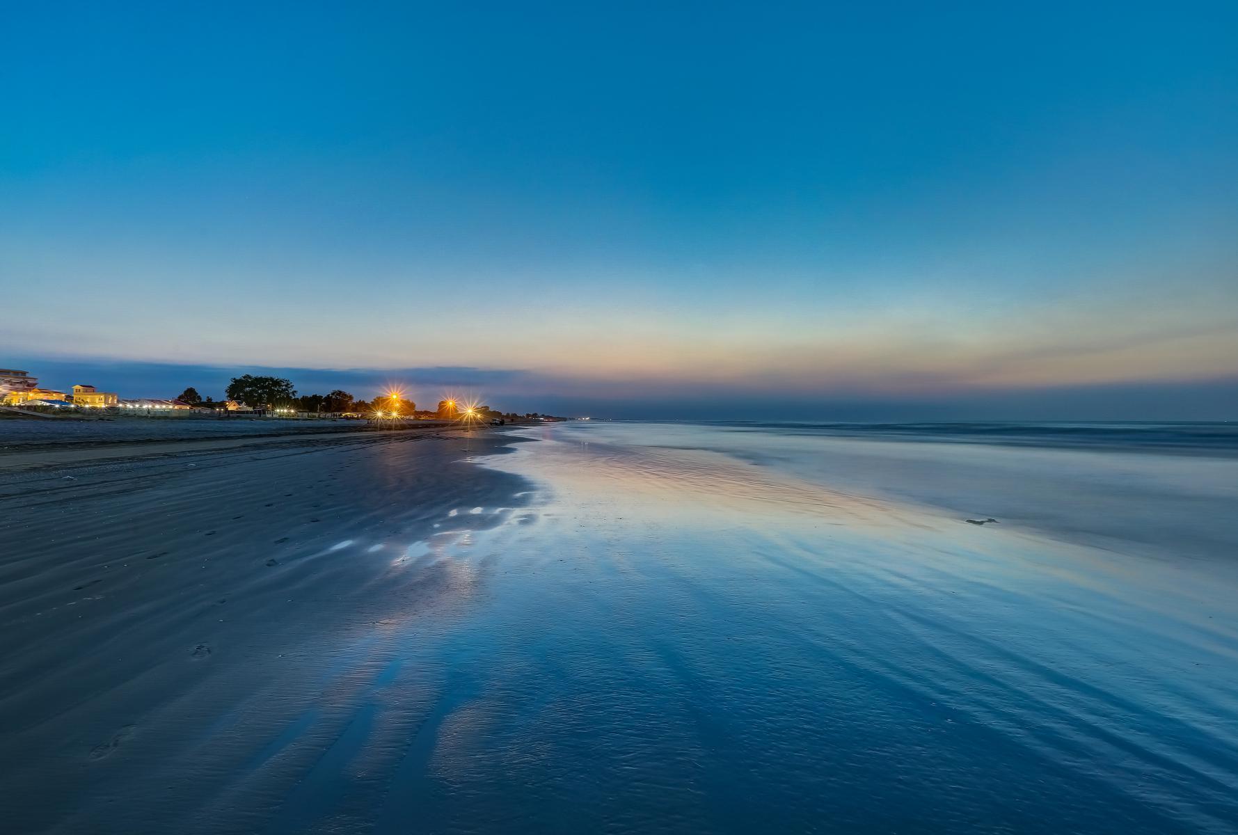 ساحل فقط انزلی